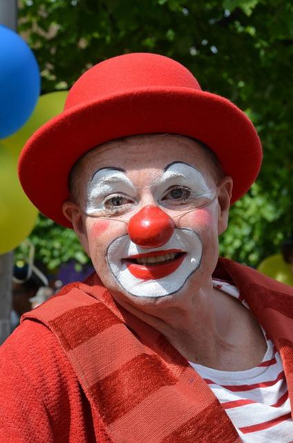 clown-365376_640
